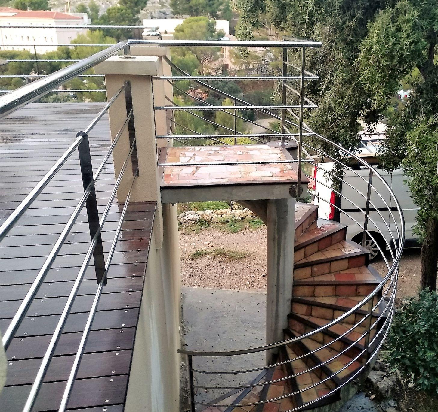 Inoxngo - garde-corps escalier inox 2bRR