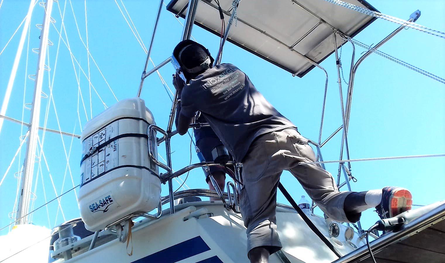 Inox-N'go-ferronnier-Marseille-support inox bateau-02
