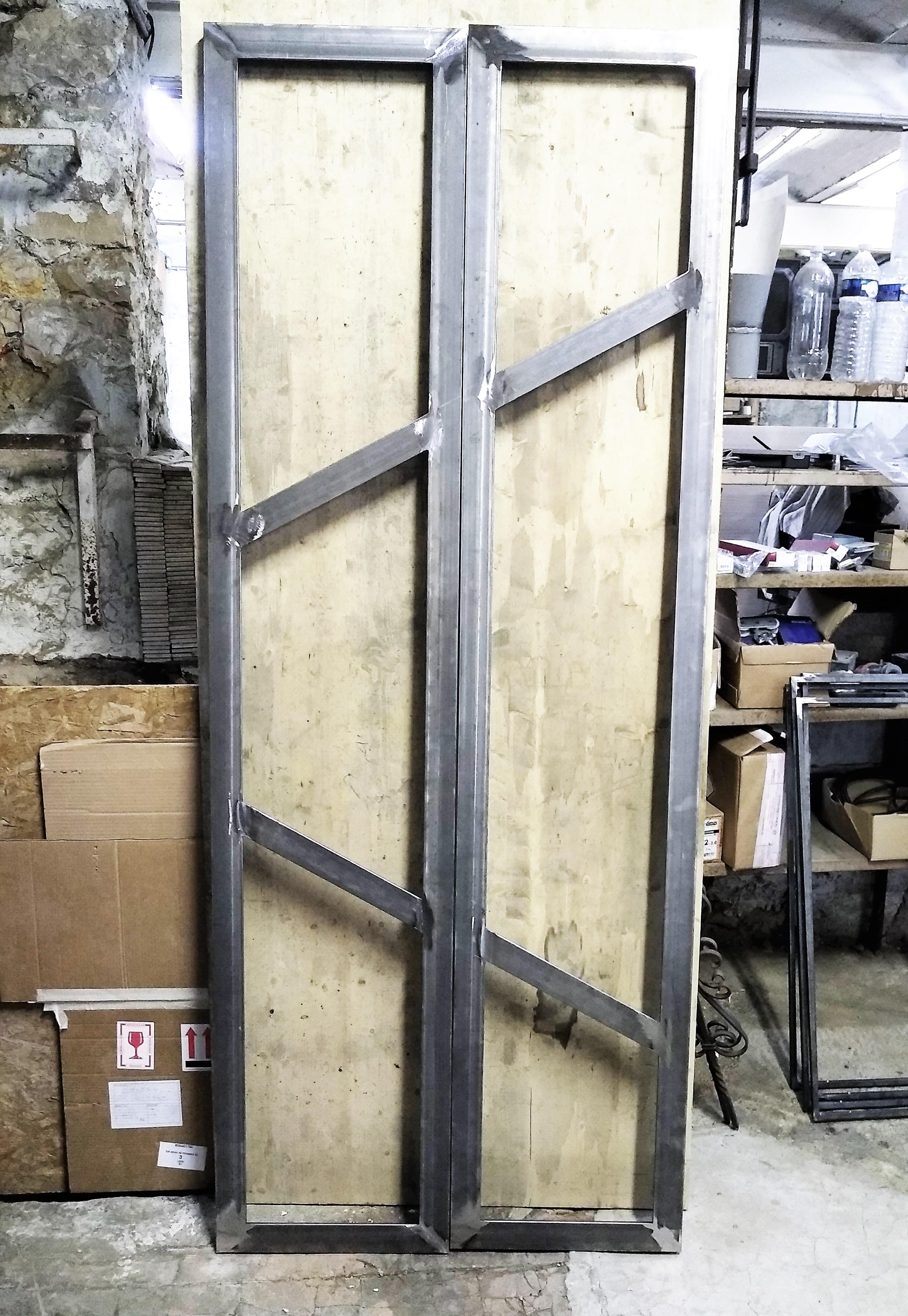 Inox Ngo ferronnier Marseille porte acier design 4