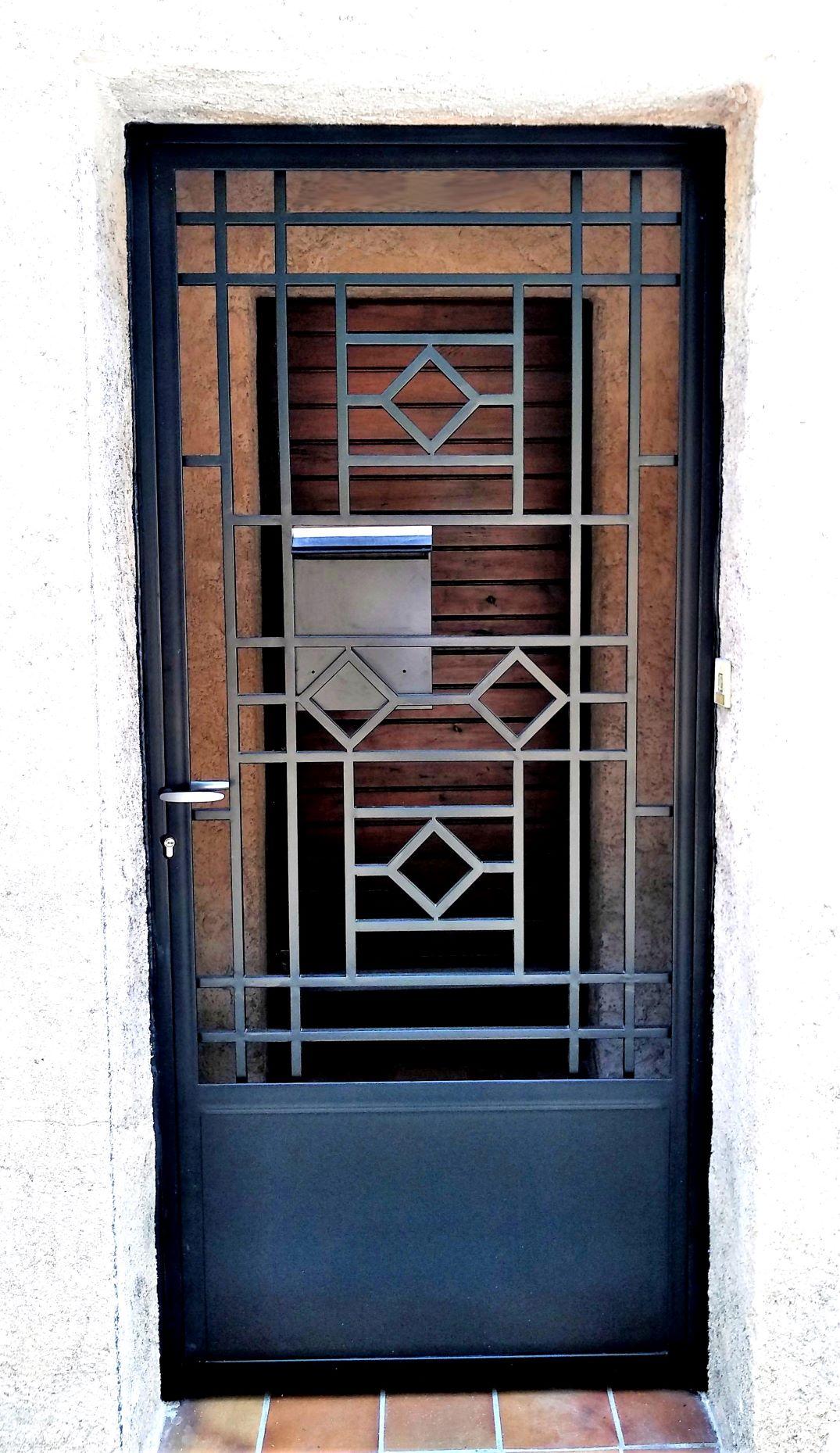 InoxNgo ferronier Marseille porte acier 2R
