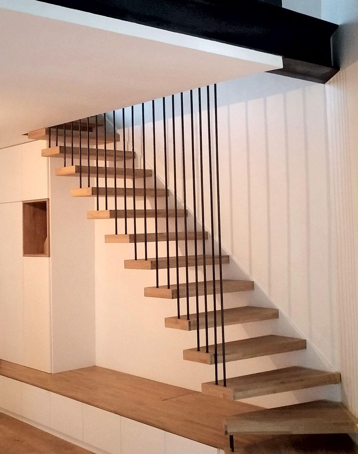 Inox-Ngo-ferronnier-Marseille-escalier-flottant-bois-métal-1r