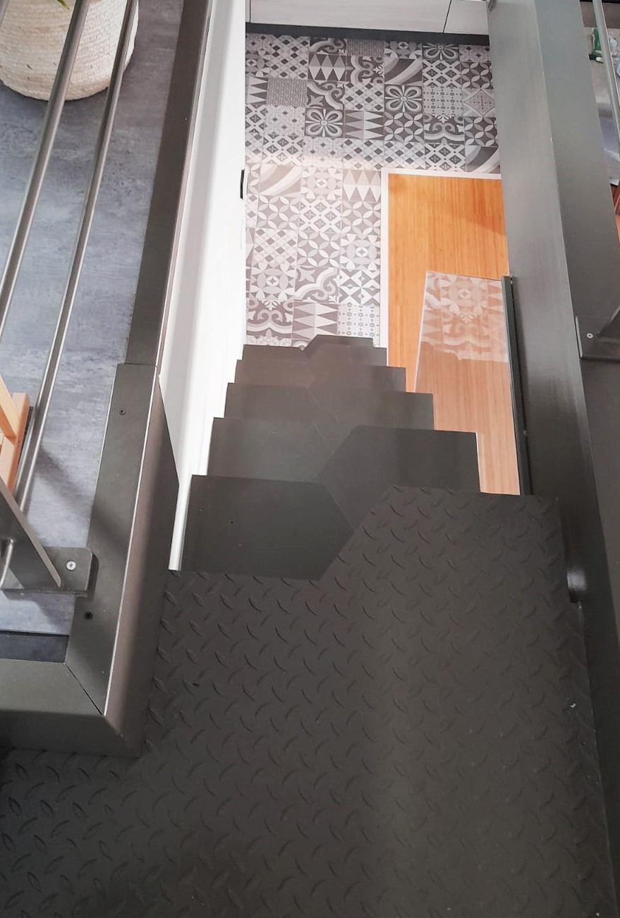 inoxngo ferronnier Marseille - escalier pas japonais 4